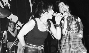 Joan Jett and Bikini Kill's Kathleen Hanna on stage and angry in 1994. Photograph: Ebet Roberts/Redferns